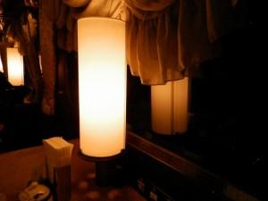テーブル上は行燈型