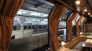 トワイライトエクスプレス・サロンカーの大窓